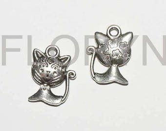2 charms Pendants silver metal Charms: cats