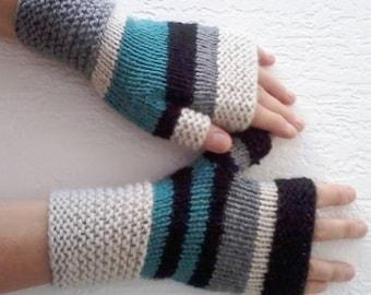 Original hand knitted mittens