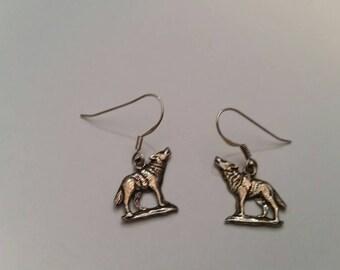 Sterling Silver Wolf Earrings Southwestern