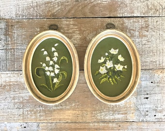 Floral Wall Hanging Embroidery Wall Art 2 Crewel Embroidery Flowers Crewelwork Flower Wall Art Framed Flower Embroidery Needlepoint