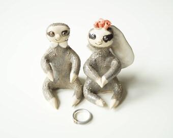 Sloth Cake Topper, Sloth Wedding Cake Topper, Sloth lover, Sloth Gift, Cake Topper by Her Moments