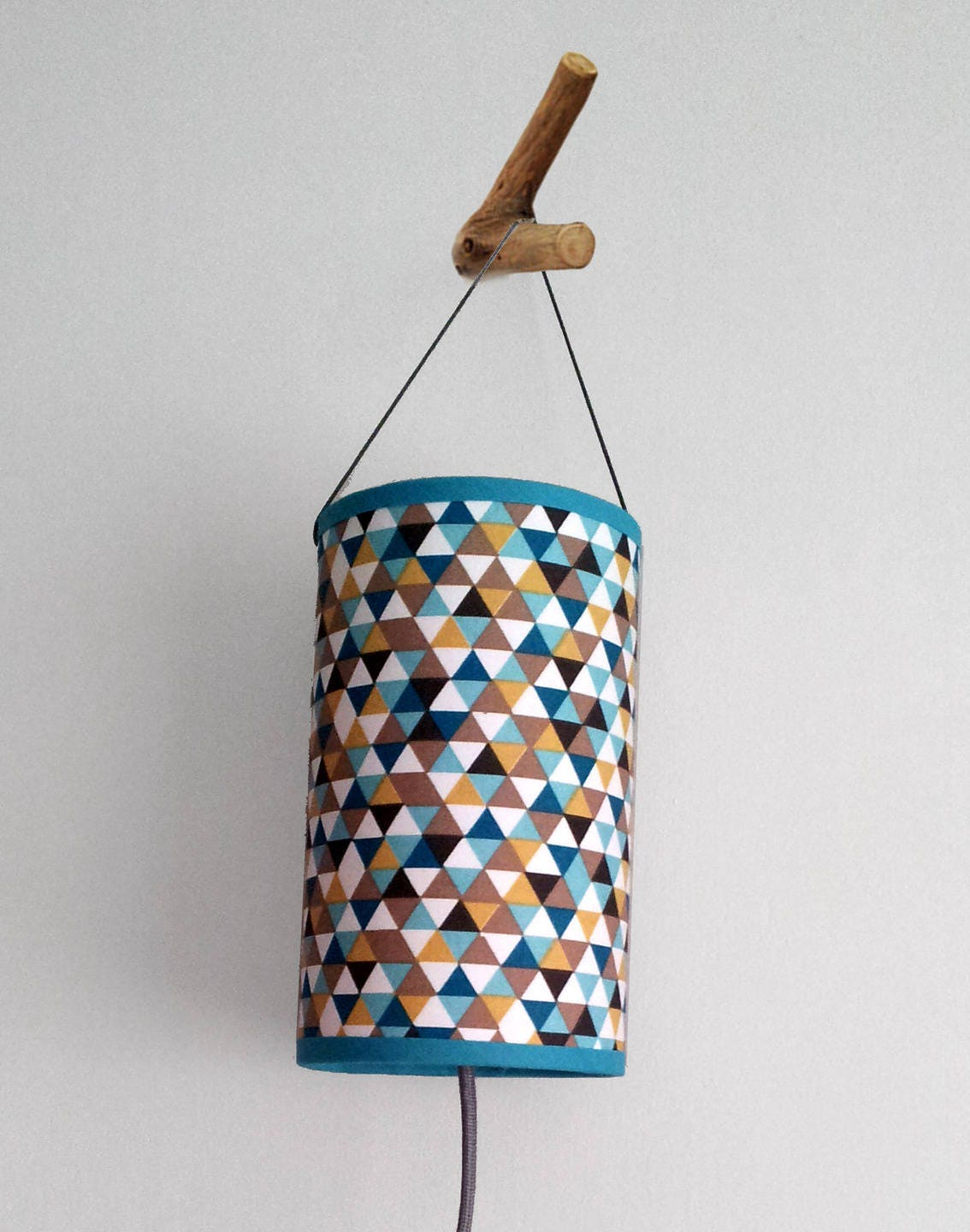 lampe baladeuse motif vintage triangles bleu canard et. Black Bedroom Furniture Sets. Home Design Ideas