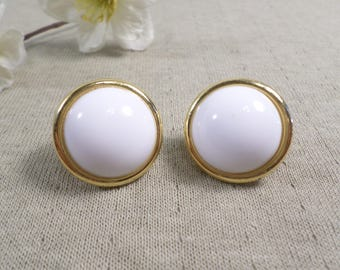 NAPIER! Beautiful Vintage Gold Tone Pair Of White Lucite Clip On Earrings Signed Napier  DL#3235