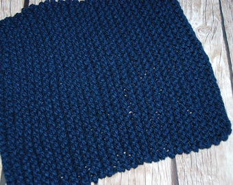 small blanket, hand knit chunky layering blanket, baby photo prop, navy photo prop blanket, layering blanket, chunky knit ready to ship