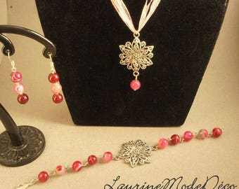 Set three pieces: necklace, bracelet and earrings pink agate beads