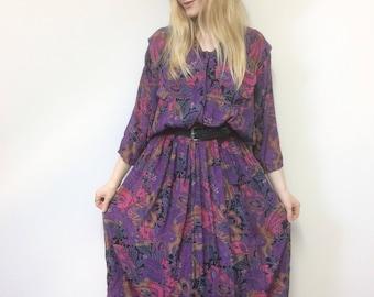 Vintage Paisley Dress, Floral Dress, Vintage Midi Dress, Boho Dress, Batwing Sleeve, Purple Dress, M-L