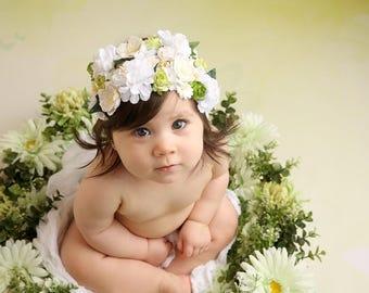 Newborn to Sitter Floral Bonnet - Green Flower Bonnet - Photography Prop - Newborn or Sitter headpiece