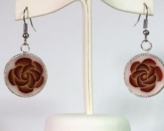 Front/back Rose earrings and spiral