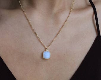 Necklace AMASIS Moonstone [silver plated]