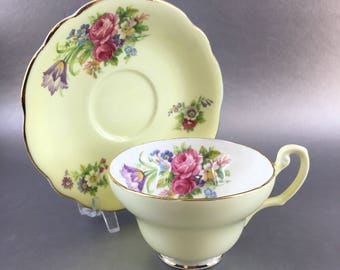 Foley Tulip Soft Yellow Vintage Floral Bone China Teacup England