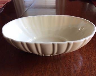 """Vintage Haeger Centerpiece  Bowl/ Planter #4020-c.  White, 12"""" x 6-1/2"""" x 4""""."""