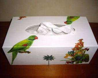 tissue box green Parrot pattern