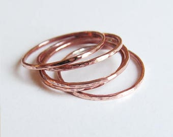 Summer sale 25% Off Set of 5 Super Thin Copper Stackable Rings -  Hammered Copper Ring  - Trendy Everyday Jewelry -Simple Handmade Jewelry