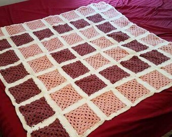 Spiral Pink and Rose Blanket Throw