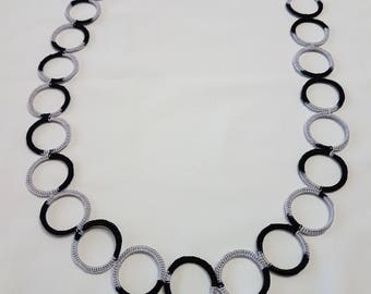 Ring crochet necklace black/grey