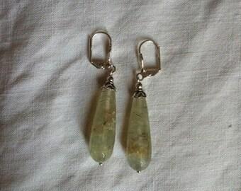 Quartz 925 sterling silver pierced earrings