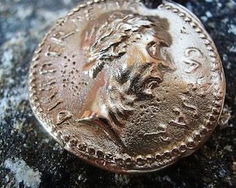 Replica Gold Bronze BC Rome Republic Julius Ceasar Coin Pendant One Side