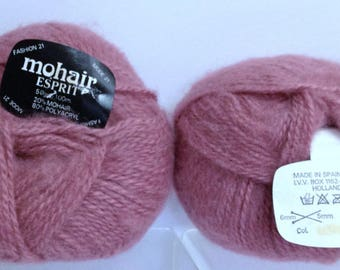 Chunky Mohair Yarn Misty Rose Thick Yarn Made in Spain Mohair Blend Soft Yarn for Knitting Crocheting or Luxurious Fiber Art Projects