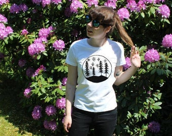 Handprinted Woman T-Shirt with Trees and Stars motive/print black/white