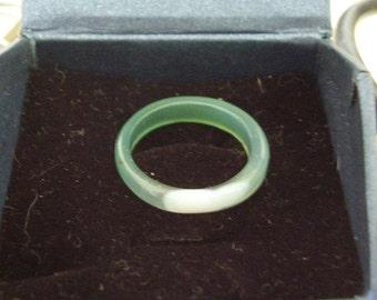 Ring Agate Carved & Polished Gemstone Translucent Green Plain Band UK Size M, US size 7