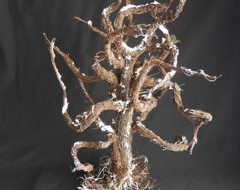 Spooky Halloween Decorative Tree, Wired Vine Branches, Perfect Accessory  For Haunted House, Scary