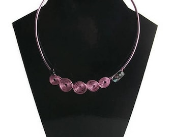 Purple and pink aluminum wire necklace