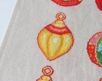 Christmas Stitching Pattern Instant Download Xmas Needlepoint Yuletide Needlework Xmas Decoration Christmas Holiday Decoration Festive DIY