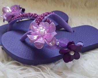 Lilac purple floral flip flops