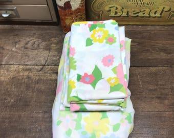 Vintage Sheets Linens King Muslin Spring Floral