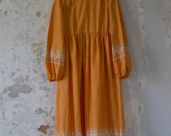 Vintage Embroidered Dress - 70s 1970s Long Dress - Maxi Dress - Embroidery Detail Peach Orange White Small Medium