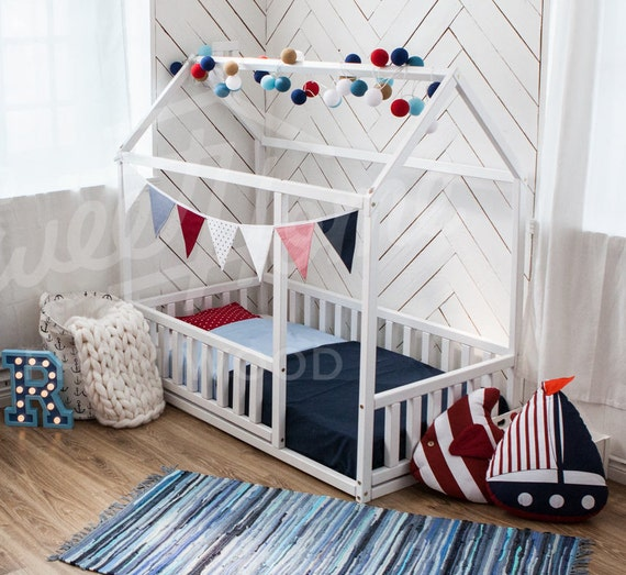 Toddler bed twin size baby bed children bed montessori for Chambre bebe toys r us