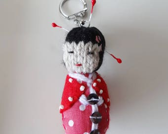 A key chain / bag geisha / kawaii / red kokeshi character