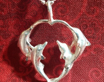 CP084 Vintage Sterling Silver Necklace with Sterling Silver Dolphin Pendant