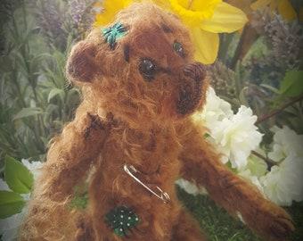"""Artist Bear """"Tumbley"""""""