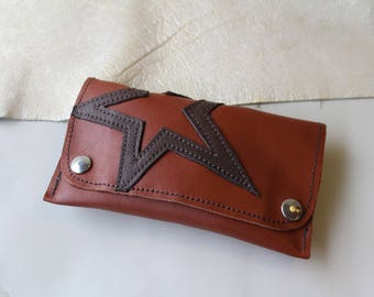 tobacco pouch; leather tobacco pouch. tobacco Brown