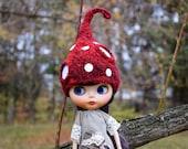 Blythe Hat Blythe Mushroom hat  Fairy hat Amanita hat Blythe elf hat Blythe gnome hat red hat collectible doll clothes