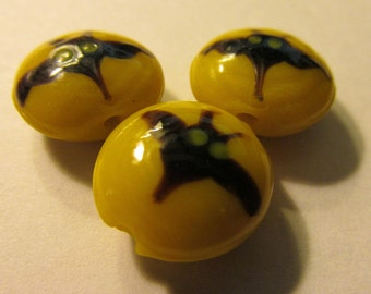 Flying Black Bat on Yellow Lampwork Glass Beads, 15mm, Set of 2