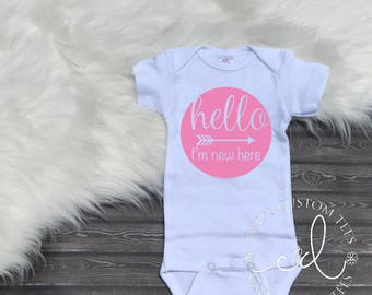 Hello I'm New Here Bodysuit - Girls Baby Shower Gift - Baby Girl Gown - Baby Girl Take Home Outfit - Newborn Girl Hospital Outfit