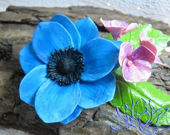 2in1,Hairpin-brooch with anemone and hydrangea,handmade,decoration in a hairdo,brooch,an original decoration,an anemone,hydrangea