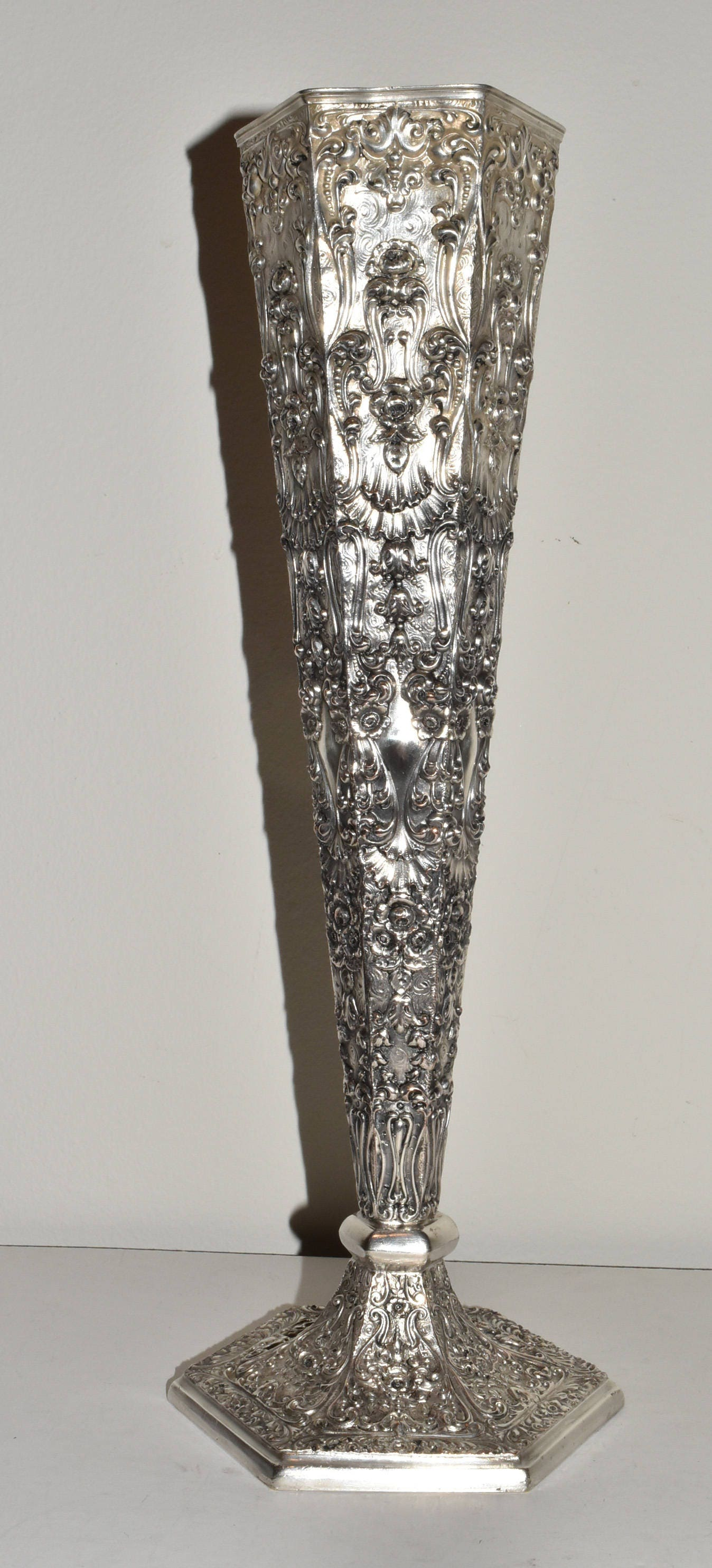 Antique barbour silver company silverplate repousse tall flower antique barbour silver company silverplate repousse tall flower vase 3840 reviewsmspy