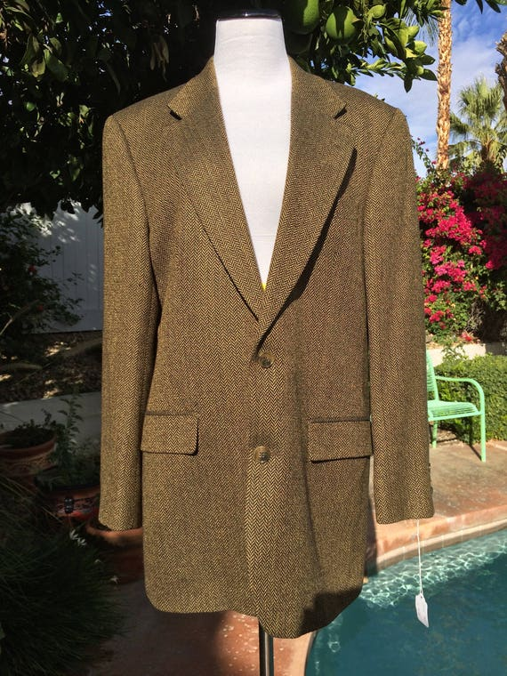 Brooks Brothers Brown and Gold Silk/Wool Blend Jacket ,Herringbone Pattern, Size 40R.