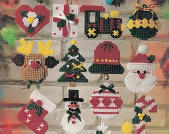 Christmas Cuties in Plastic Canvas