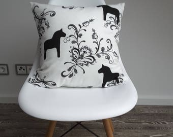 "Cushion cover ""Dala Horse"""