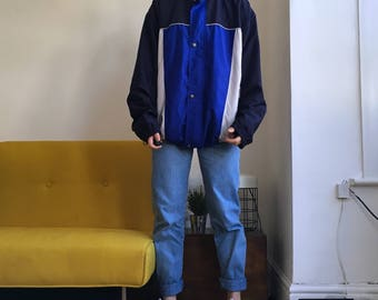 Vintage windbreaker jacket. Men's size small M. 90's era.