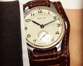 Pobeda USSR vintage watch, 1955, 2 mchz. Ivory dial, mens dress watch
