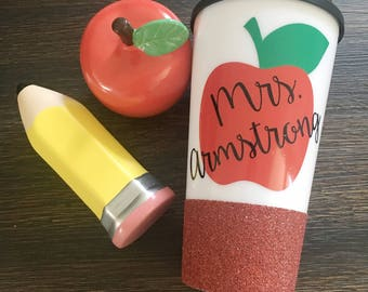 Personalized Teacher Apple Travel Mug/Tumbler//Glitter Dipped//Travel Mug//Tumbler// Personalized Teacher Gift//Customizedable