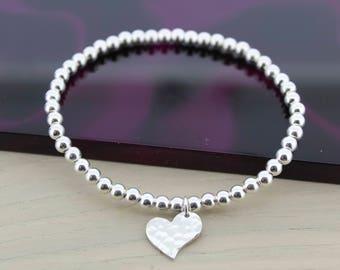 SILVER HEART BRACELET/Sterling Silver Bracelet/Stretch Bracelet/Heart Jewellery/Charm Bracelet/Gift for Her/Silver Bracelet/Beaded Bracelet