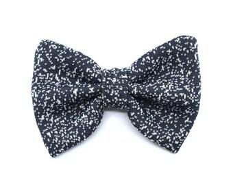 Galaxy collection - bow tie dark grey - white spots