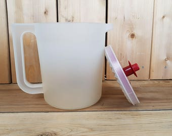 Vintage Tupperware Clear Pitcher Juice or Water with Secure Red Lid Push Button Kitchenware Retro Gift Farmhouse Nostalgia Lemonade