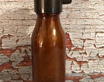 """Vinatge Mead's Vacap Dropper 3 1/2"""" tall"""